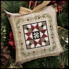 Farmhouse Christmas 5 - GRANDMA'S QUILT
