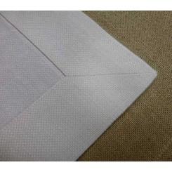 Mitteldecke weiß, 12-fädiges Stickereileinen, 90x90 cm