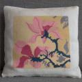 Magnolia - Stickpackung für ein Kissen