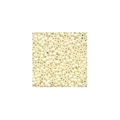 MH Antique Glass Seed Beads 03016 - vanilla