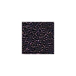 MH Antique Glass Seed Beads 03033 - claret