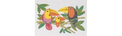Papageien und Exoten